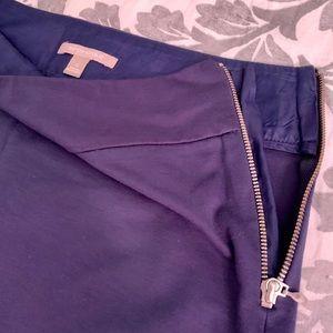 Banana Republic navy blue skirt with zipper close